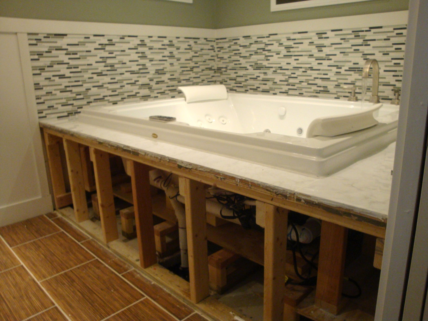 Jacuzzi Bathtub Access Panel