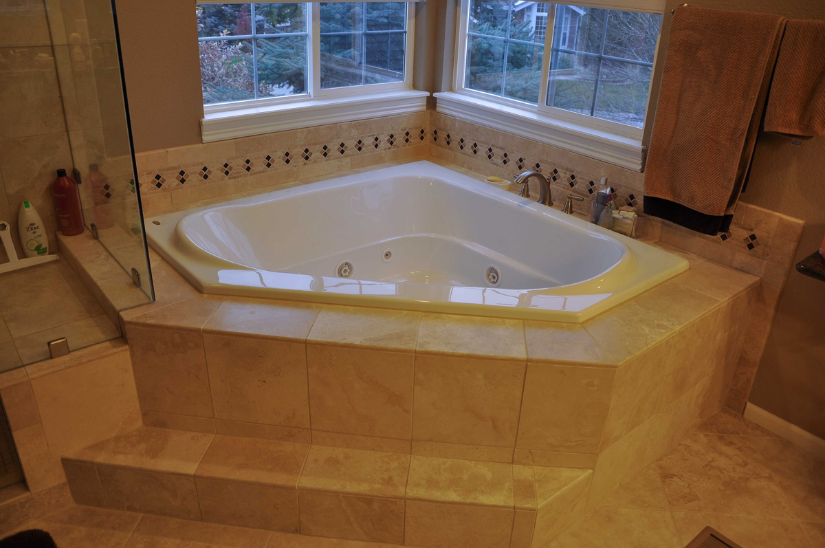 Affordable Jetted Bathtubs • Bathtub Ideas