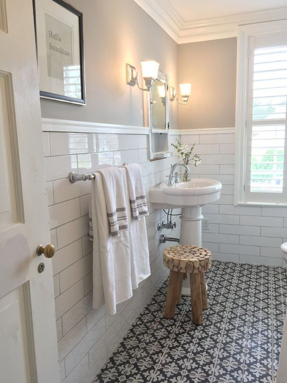 60 Inspiring Classic And Vintage Bathroom Tile Design throughout sizing 960 X 1280