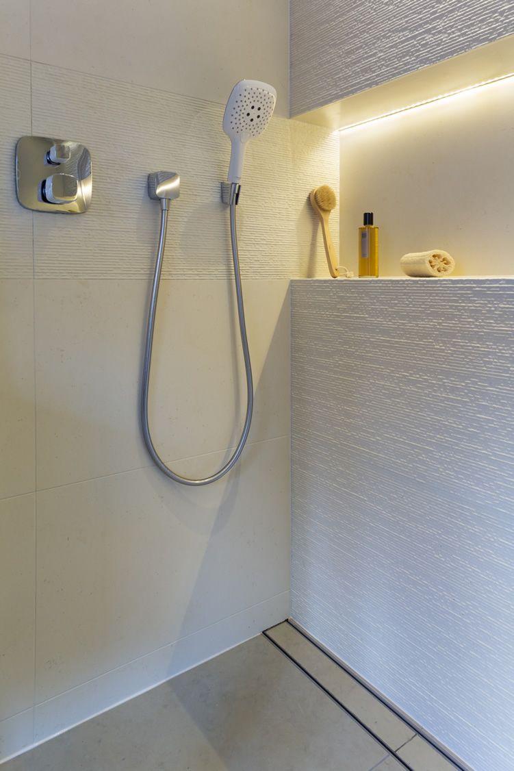 Bathroom Lighting Masterclass Arkitexture Modern Home in measurements 751 X 1126