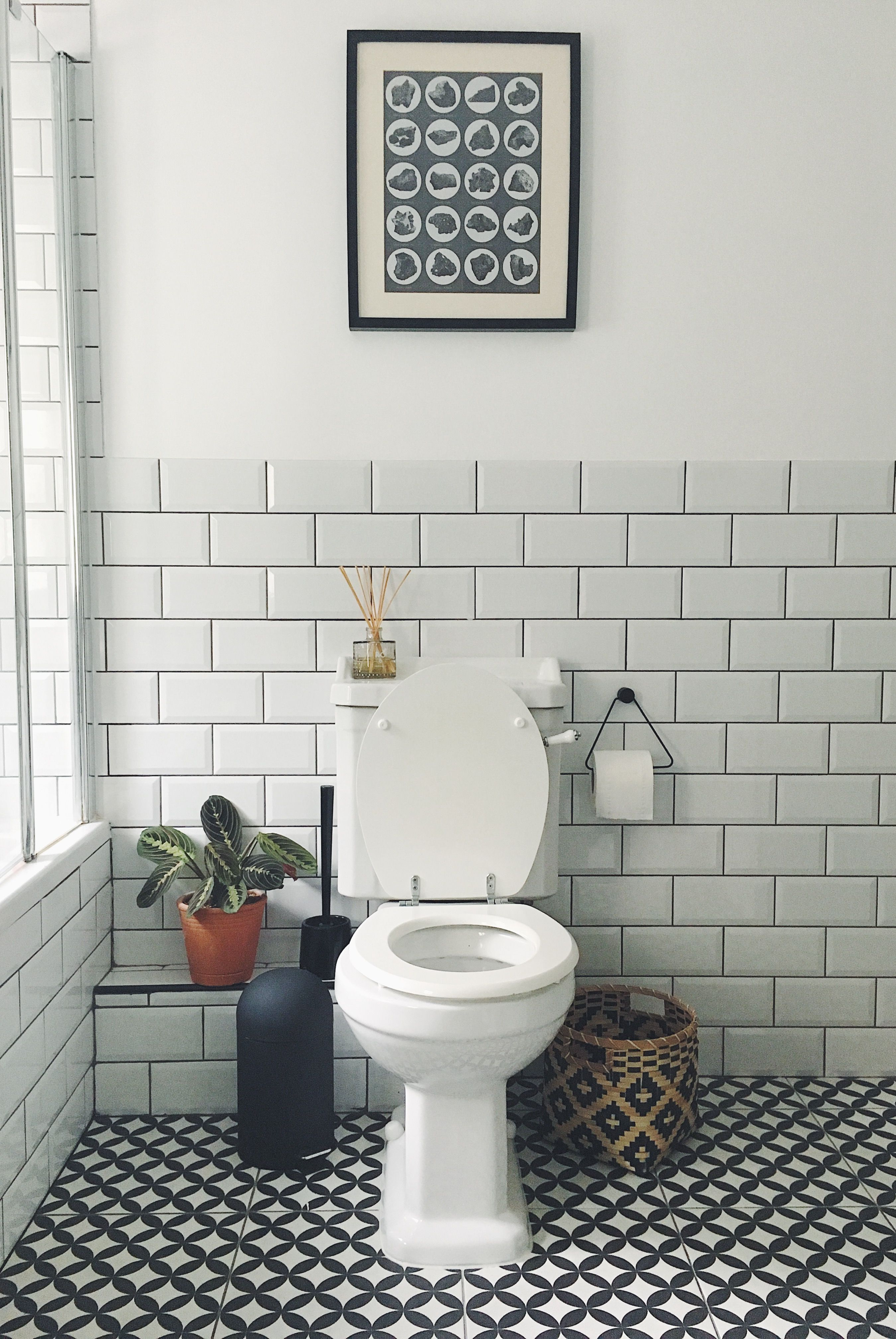 Bathroom Subway Tile Black And White Boho Full Bath in measurements 2698 X 4032