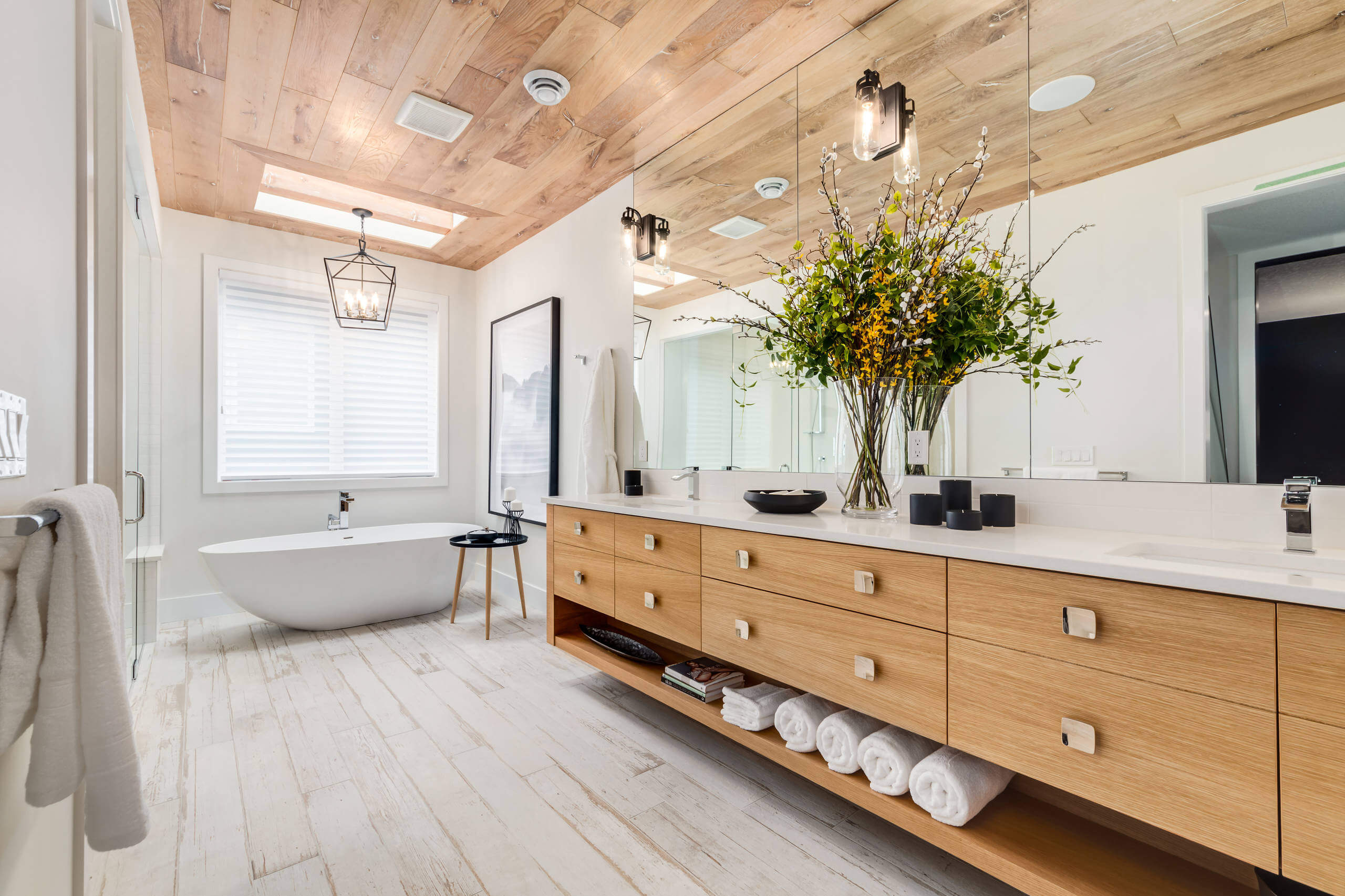 Can Laminate Flooring Be Installed In A Bathroom Answered within sizing 2560 X 1706