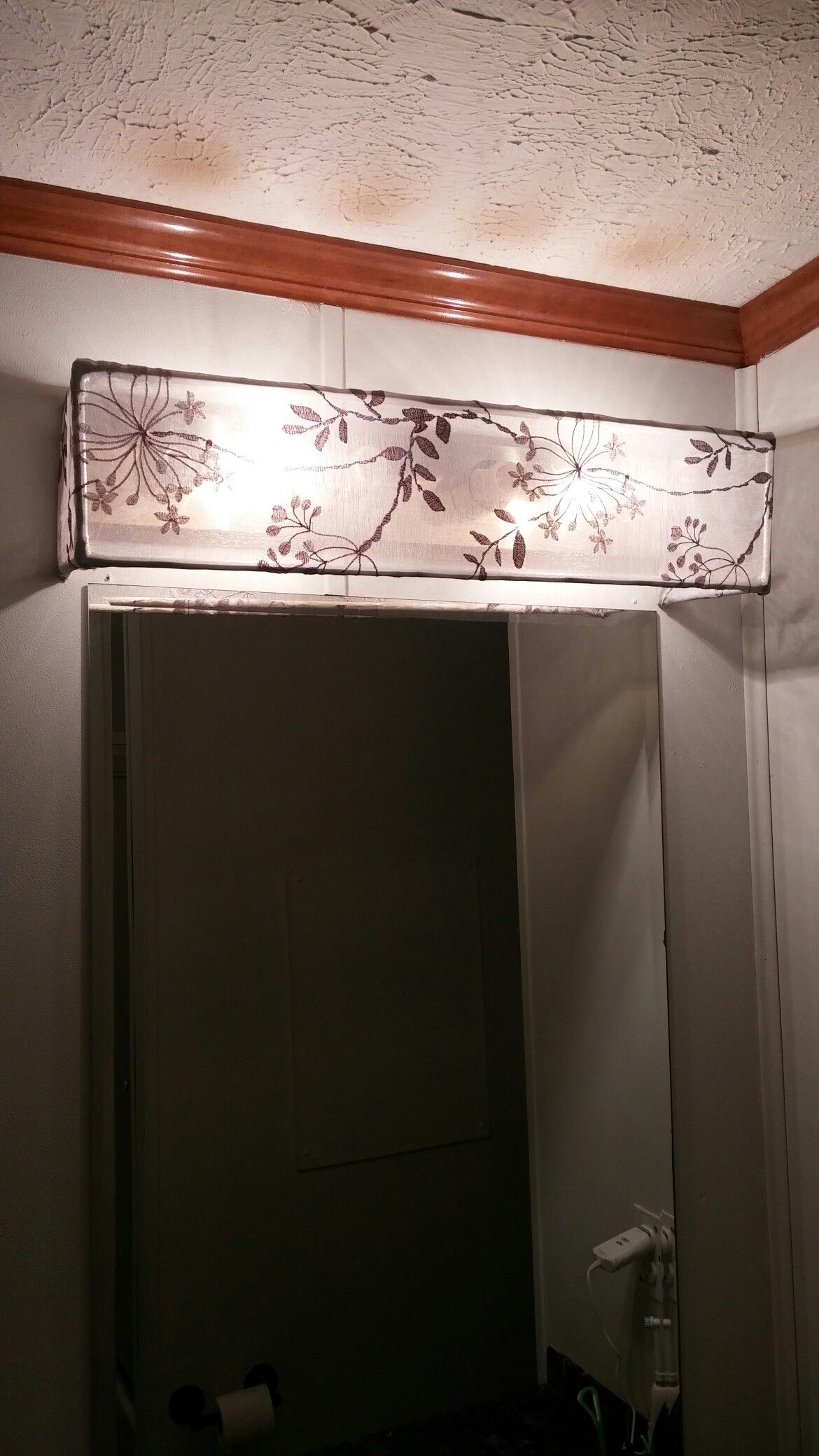 Diy Vanity Light Shade Dowel Rods And A Curtain Sheer Hot throughout measurements 1170 X 2080