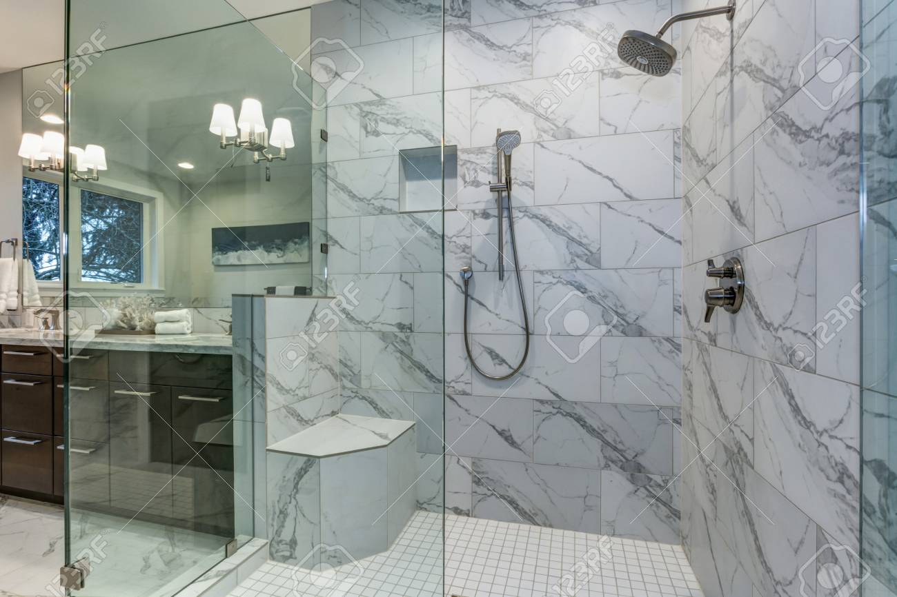 Incredible Master Bathroom With Carrara Marble Tile Surround throughout dimensions 1300 X 866