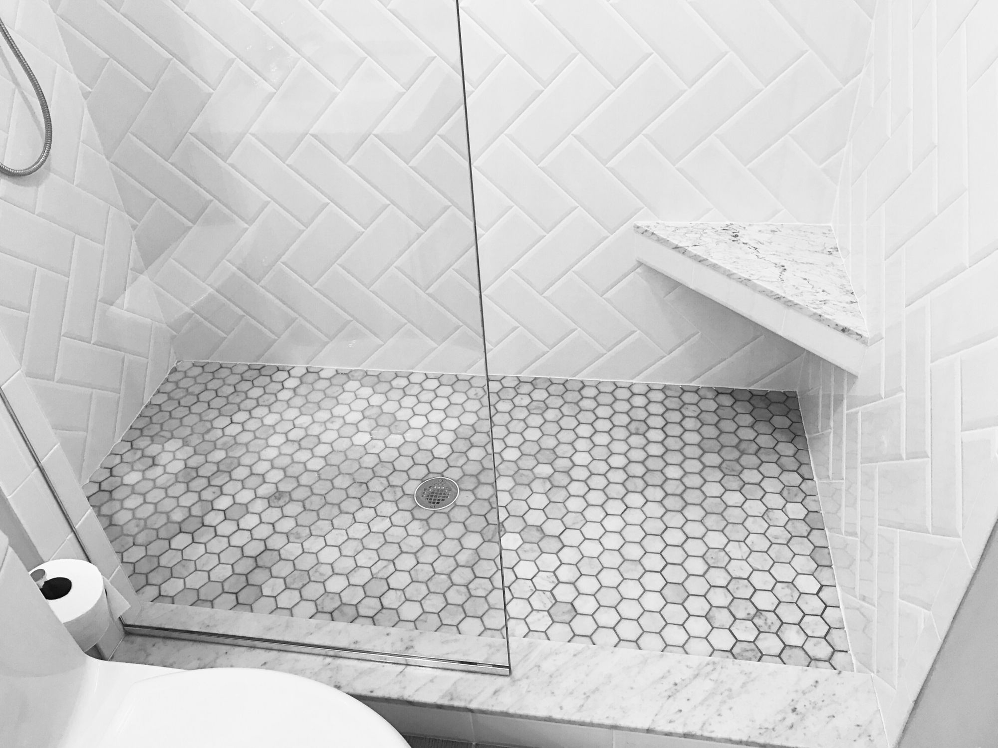Marble And White Subway Bathroom Shower White Beveled for sizing 2000 X 1500
