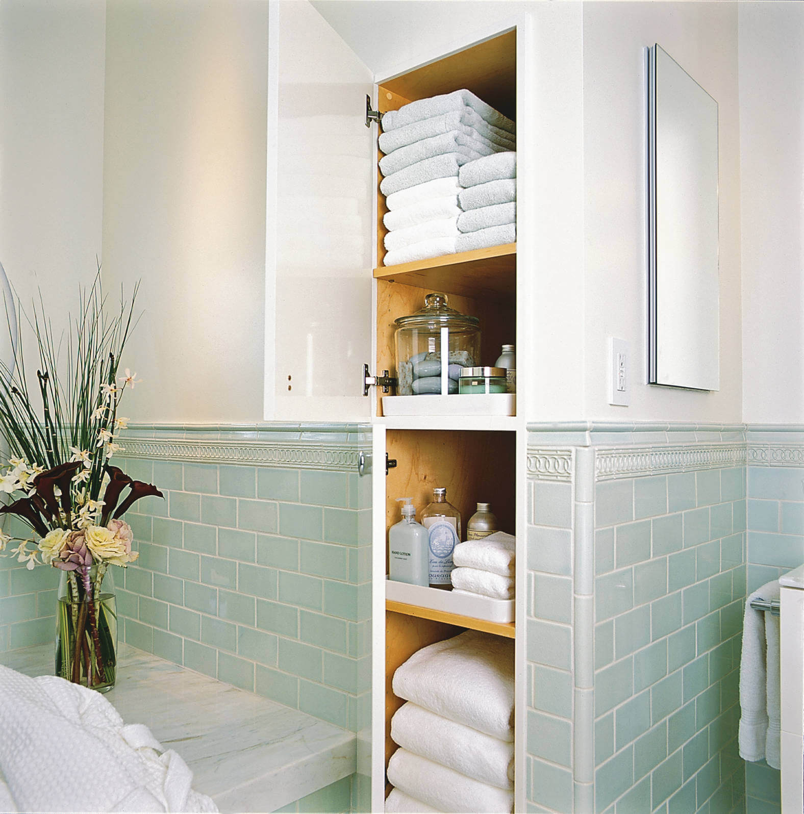 37 Best Towel Storage Ideas And Designs For 2019 Top regarding sizing 1576 X 1596