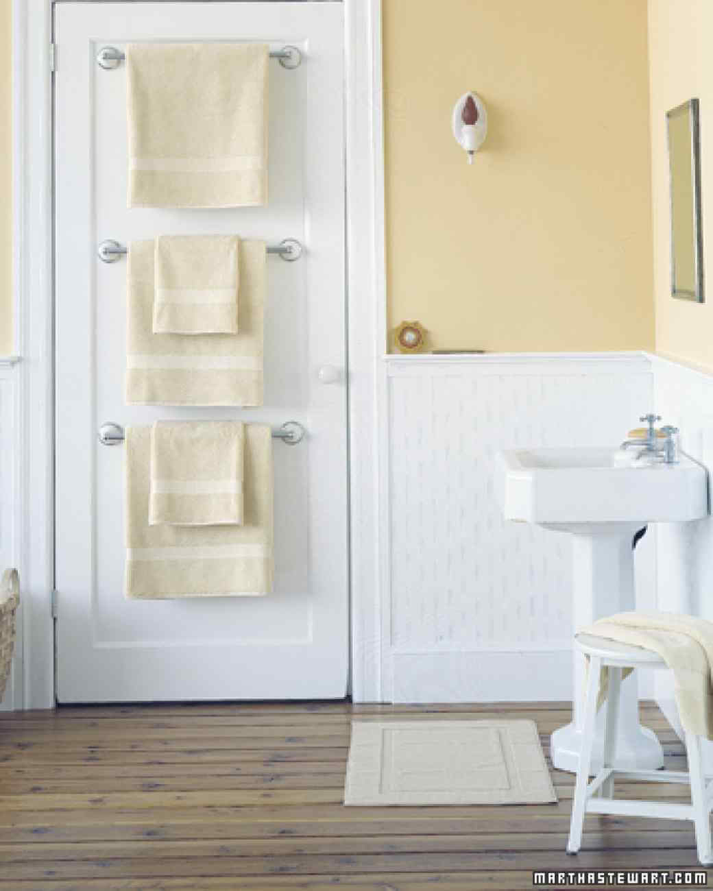 44 Best Small Bathroom Storage Ideas And Tips For 2019 for size 1040 X 1300
