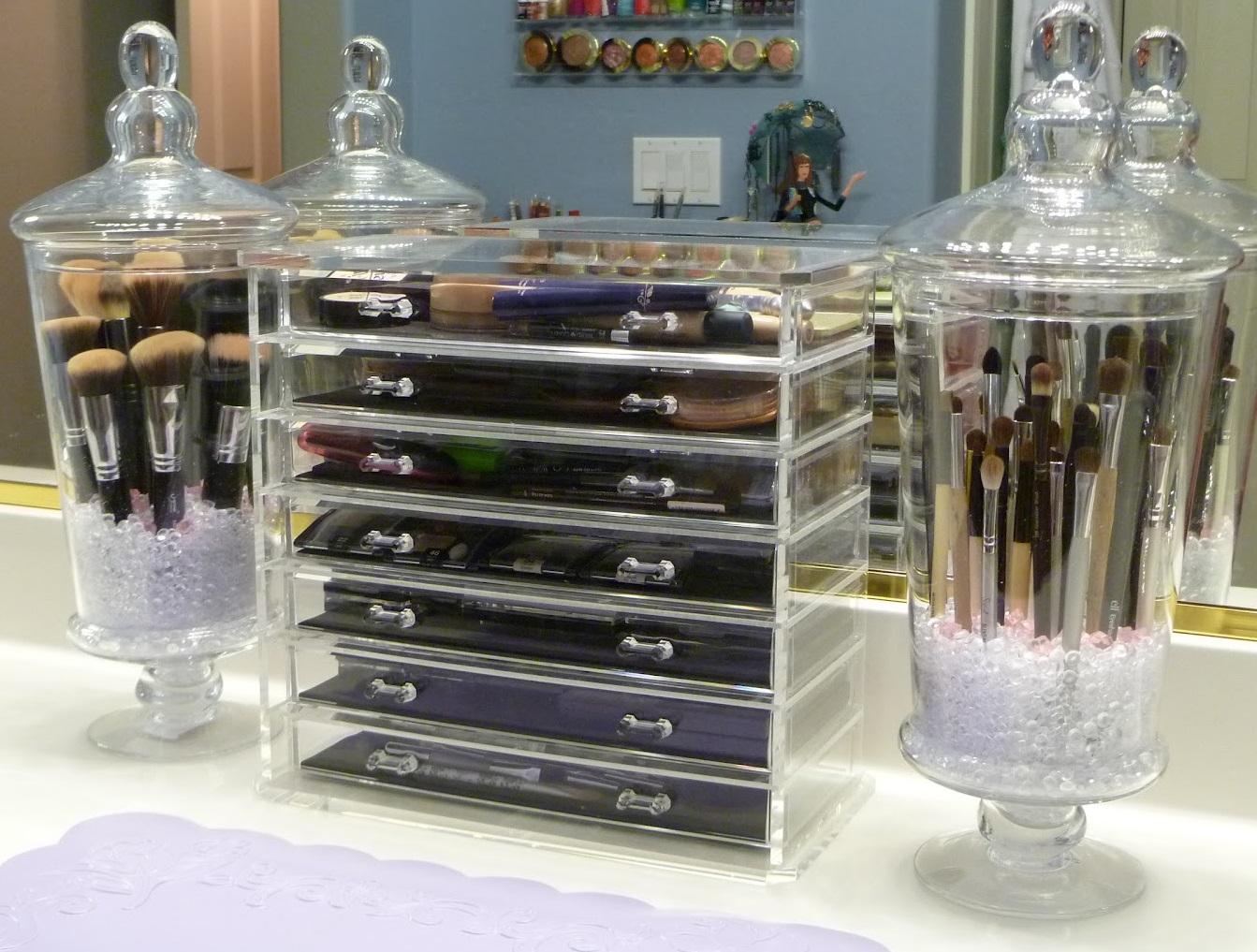 Charmant Bathroom Vanity Storage Solutions Appealing Counter regarding measurements 1343 X 1017