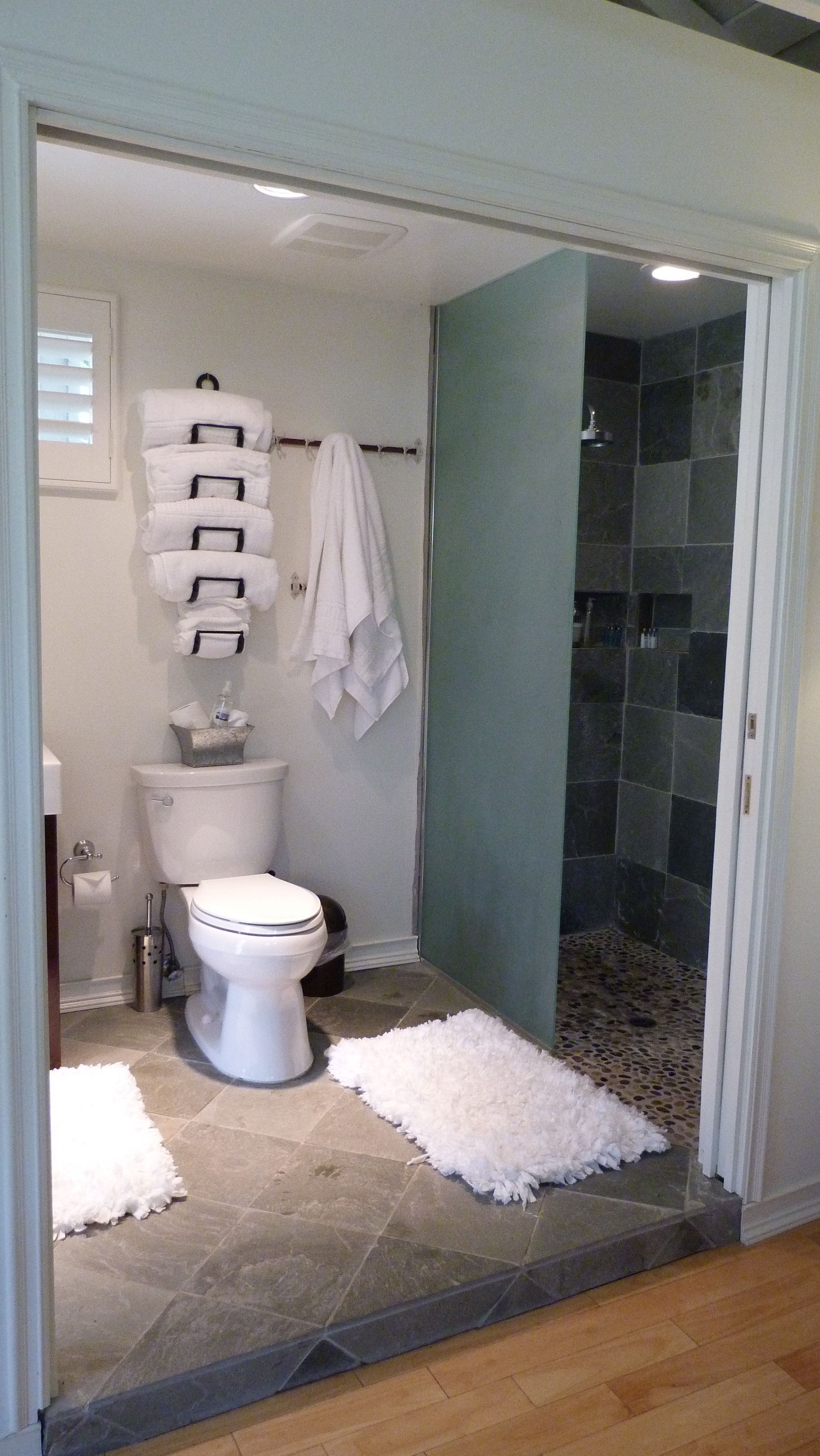 Towels Storage In A Small Bathroom Home Bathroom Towel inside dimensions 2432 X 4320